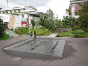 虎渓用水広場の水景