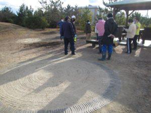 11月に完成したキャンプファイヤー場(古瓦の円形デザイン)