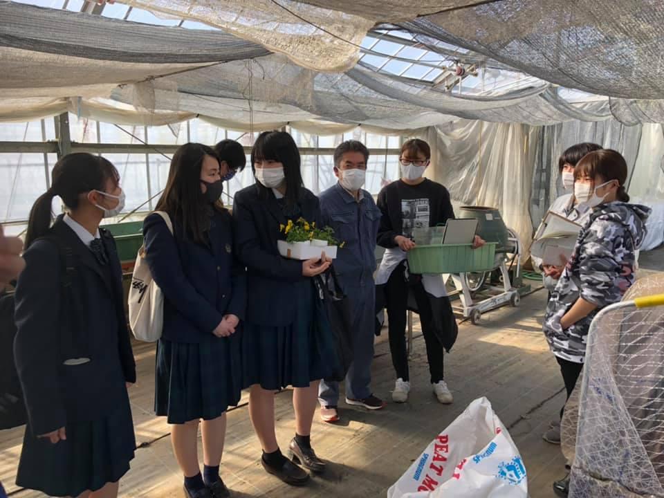 加茂農林高校出身のアカデミー学生との和やかなひととき