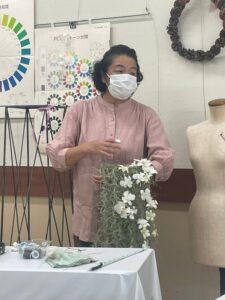 マフブーケを作る吉田先生